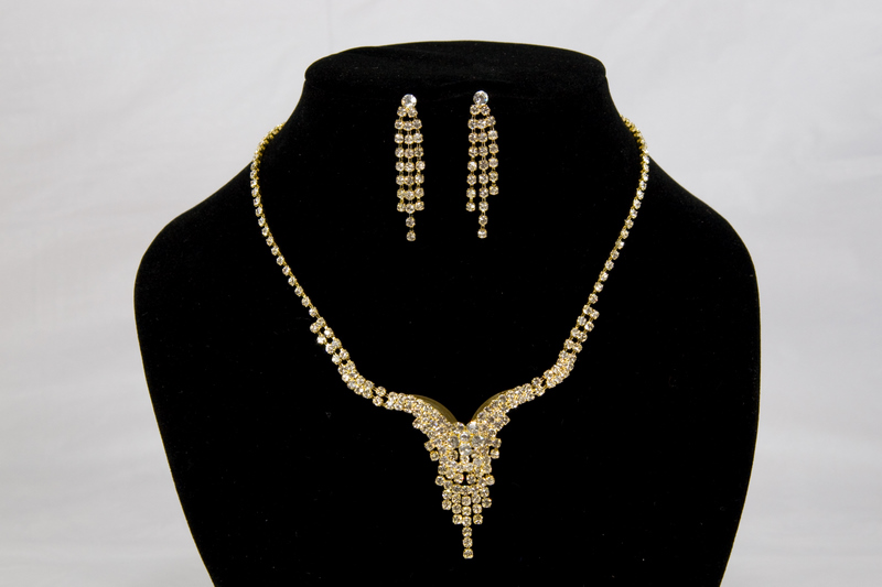 Swarovski Crystal Gold Necklace and Earring Set
