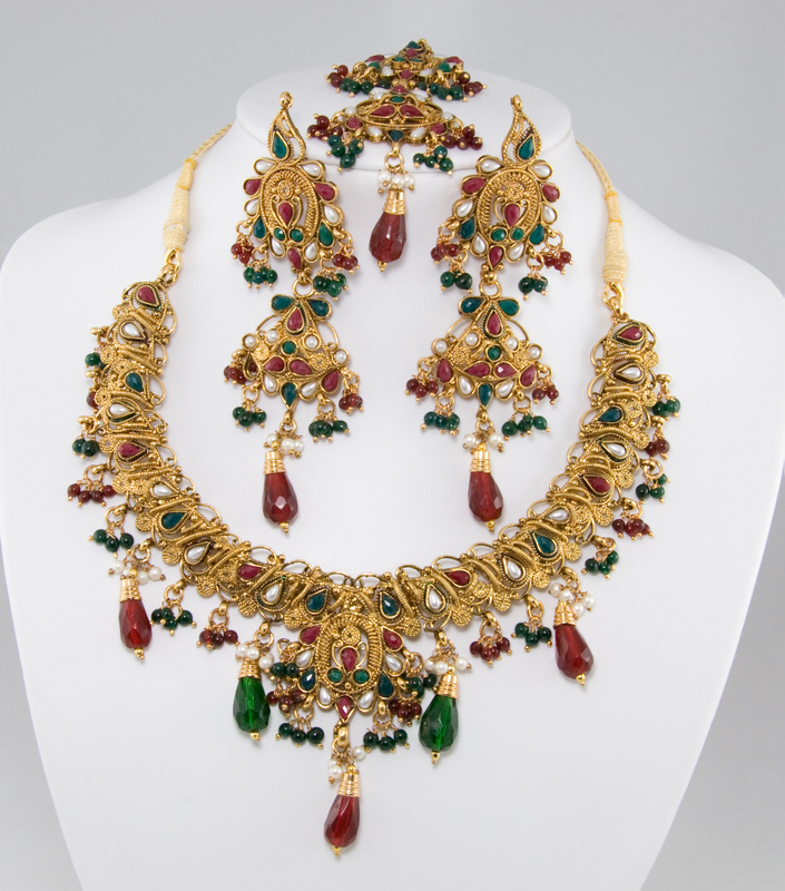One Gram Bridal Gold Green Red White Choker Neckless Set w/ Tika